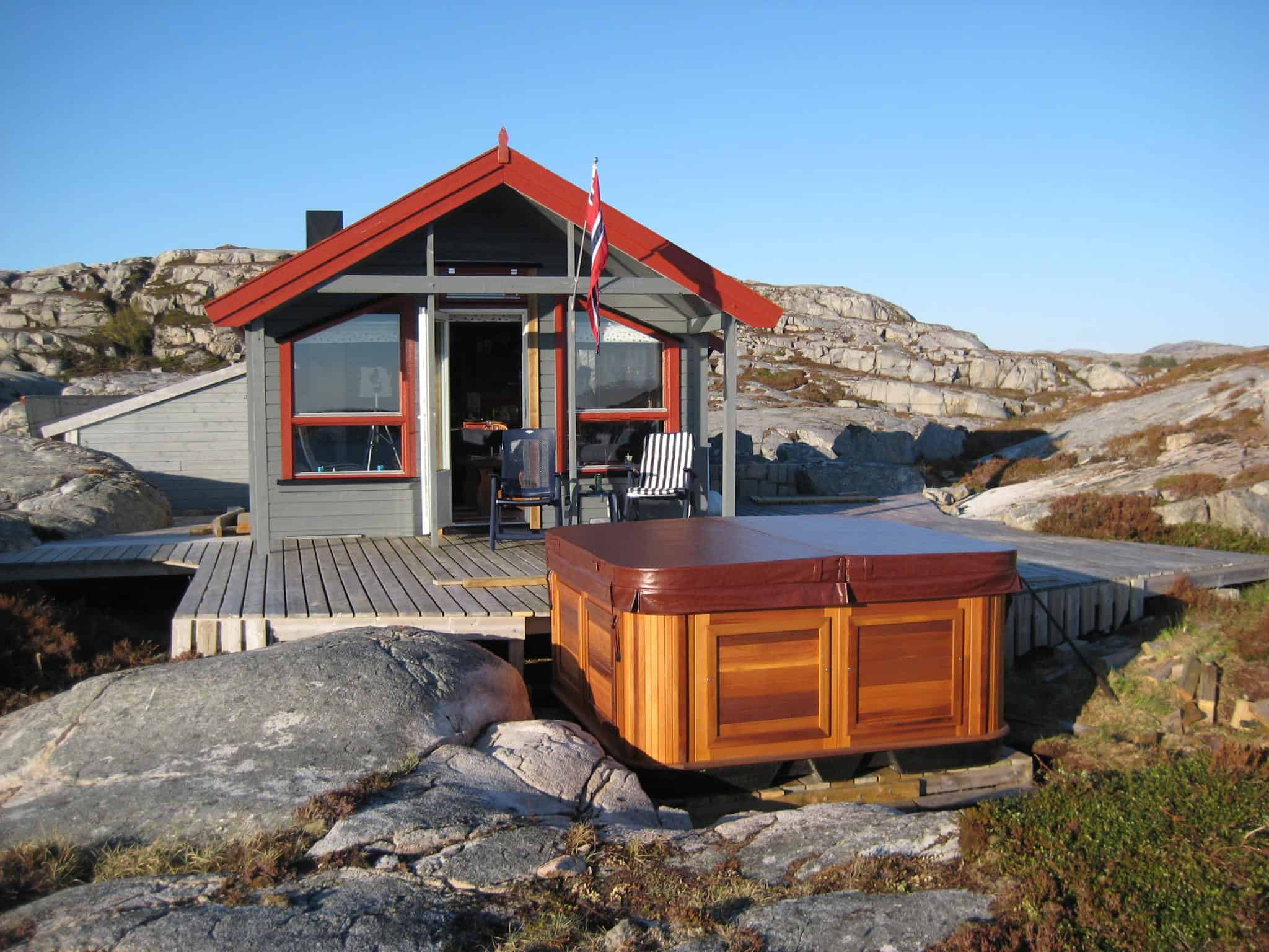 Arctic Spas Hot tub delivered by a helicopter in Norway