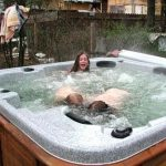 arctic-spas-hot-tub-kids-playing-in-hot-tub