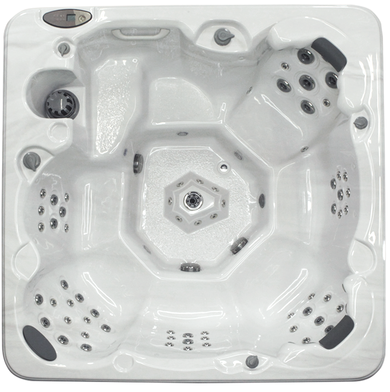 Coyote Hot Tub Larado