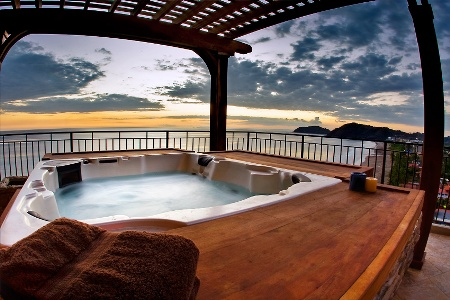 How To Make Your Outdoor Hot Tub More Private Arctic Spas
