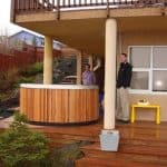 round-hot-tub-on-deck